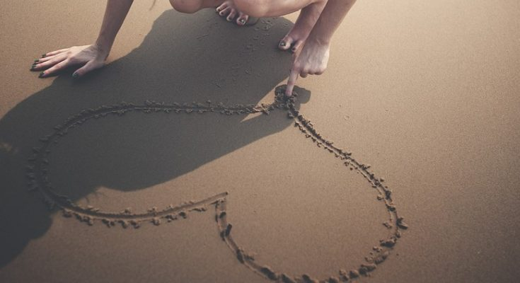 Mơ thấy cát đánh con gì?